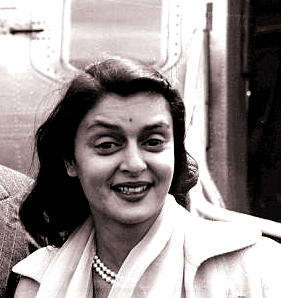 Gayatri-devi-photo1