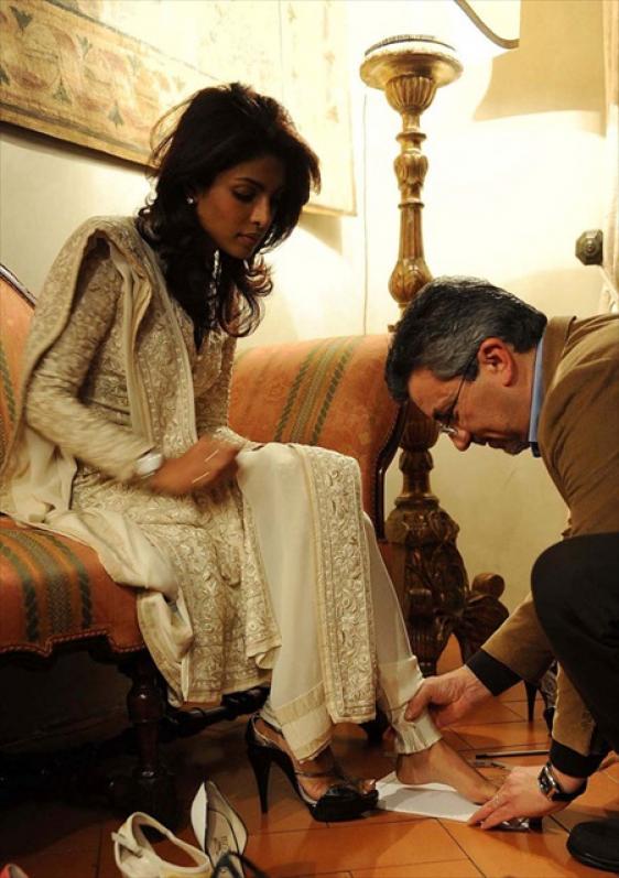 Priyanka-Chopra---Privileged-at-the-Ferragamo-Museum-3